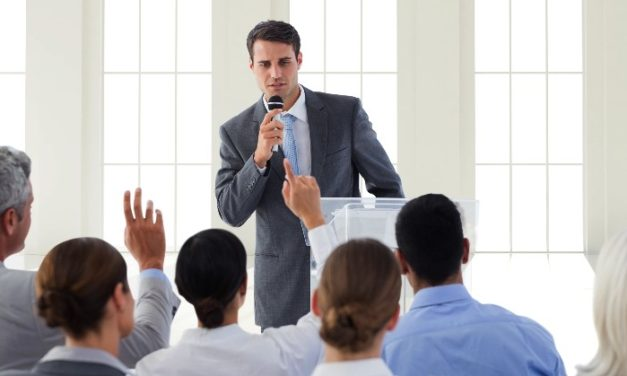 How to Tame Your Nerves Before Giving a Speech